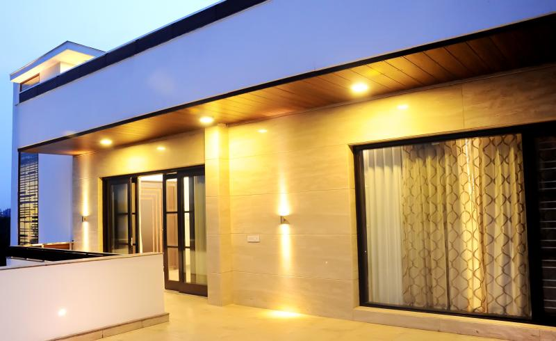 Visva Nivas, vacation rental in Gurugram (Gurgaon)