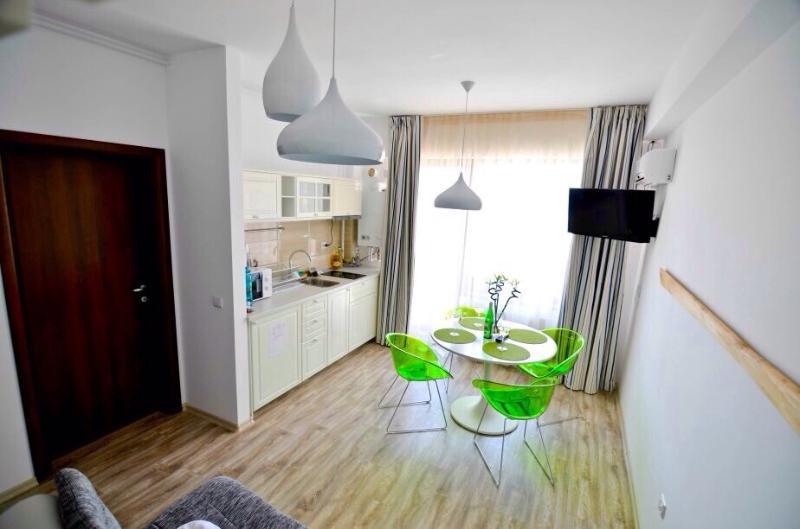 Happy Blue Apartments, vacation rental in Constanta