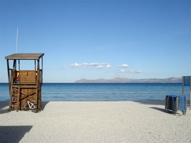 Fabuloso apartamento a 100 metros de la playa, alquiler de vacaciones en Port d'Alcudia