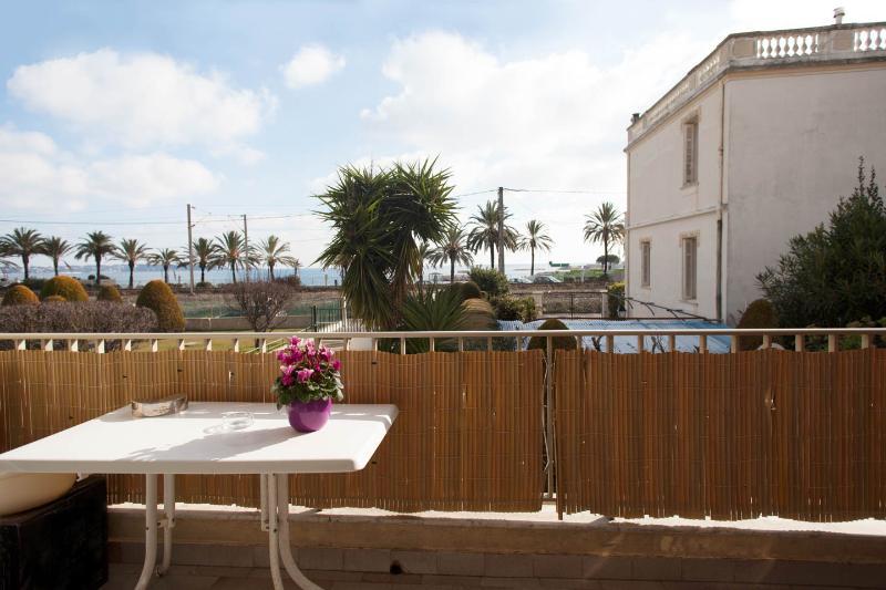GOLFE RESIDENCE APPARTEMENT MER, vacation rental in Golfe-Juan Vallauris
