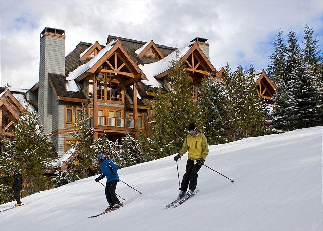 Rear Exterior View of Ski In/Ski Out Cedar Creek
