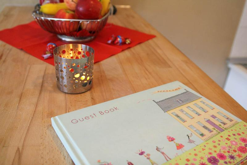 Analog guestbook