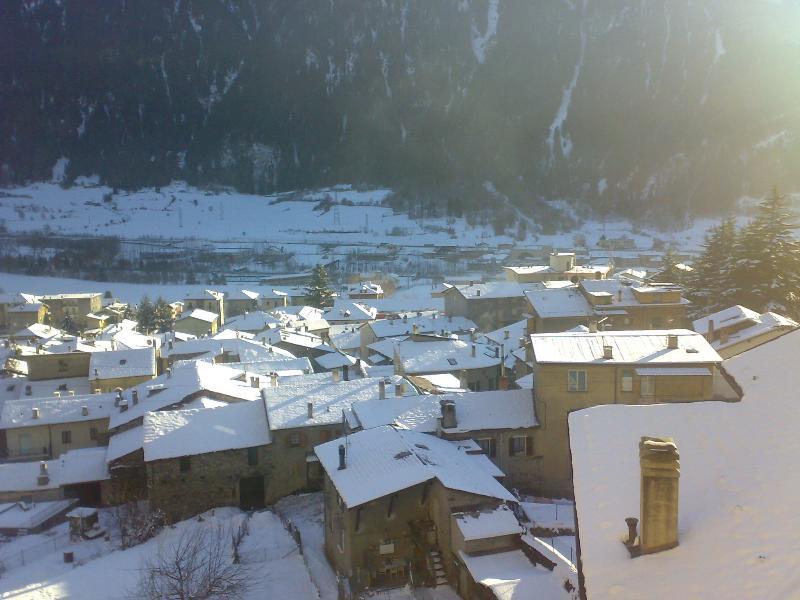 BORMIO a 14 KM   Grande appartamento  in villetta trifamiliare, holiday rental in Monno