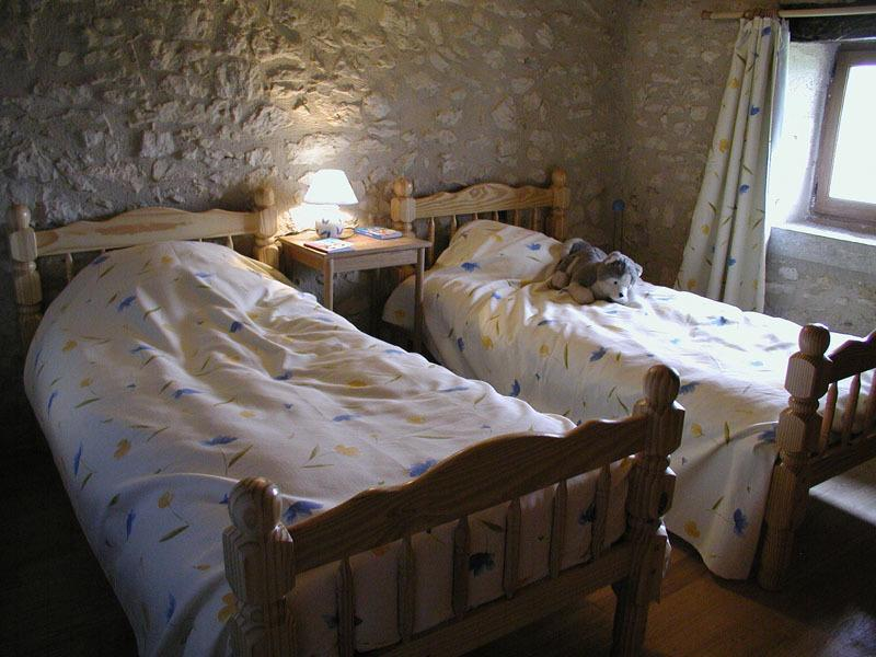 gite-Valence-gers-chambre2