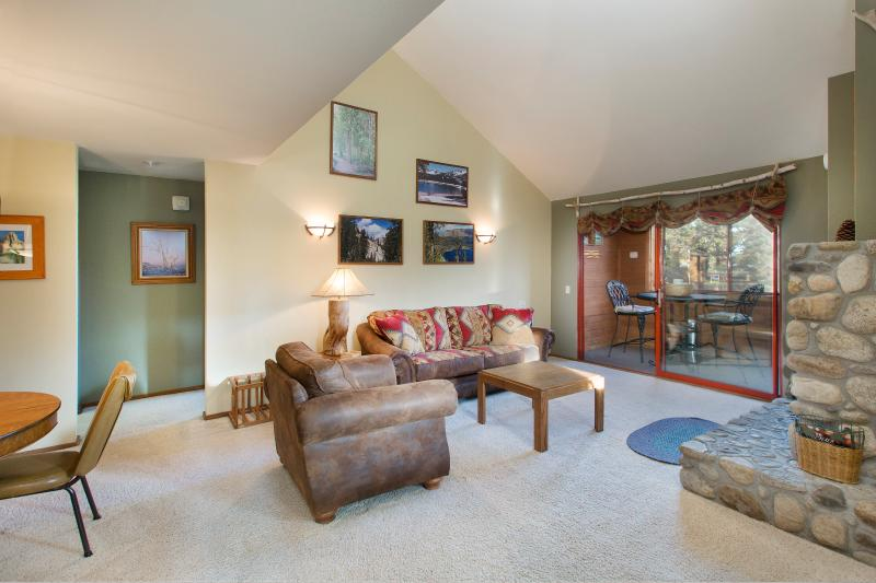 Aspen Creek #312 Living Area has High Ceilings, LED tv, and WIFI