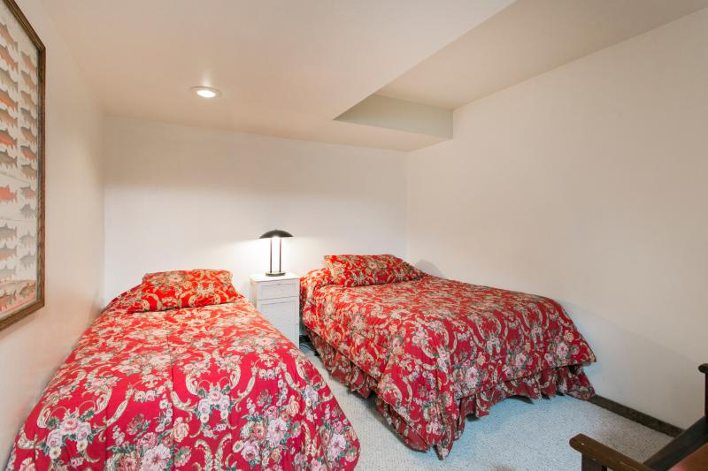Fourth Bedroom With A Double & A Twin & A Twin Roll Away