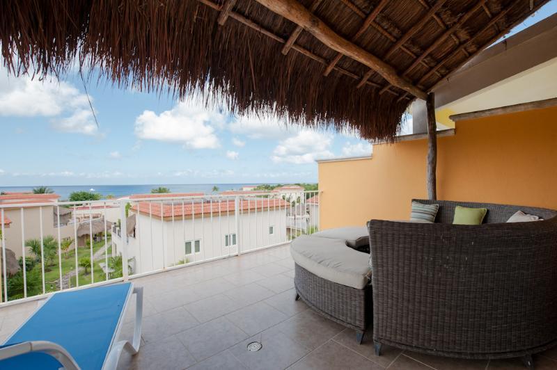 Ocean views from your 3rd floor terrace