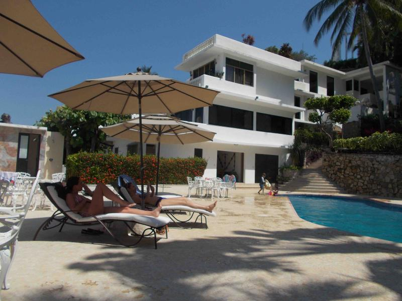 PENT HOUSE villas luna marina, holiday rental in Acapulco