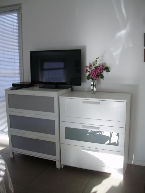 livingroom aDora