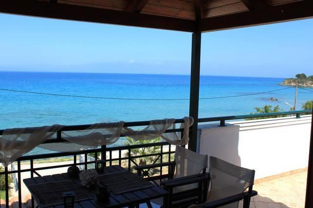 vrachos attic-in front of the sea zakynthos greece, holiday rental in Alykanas