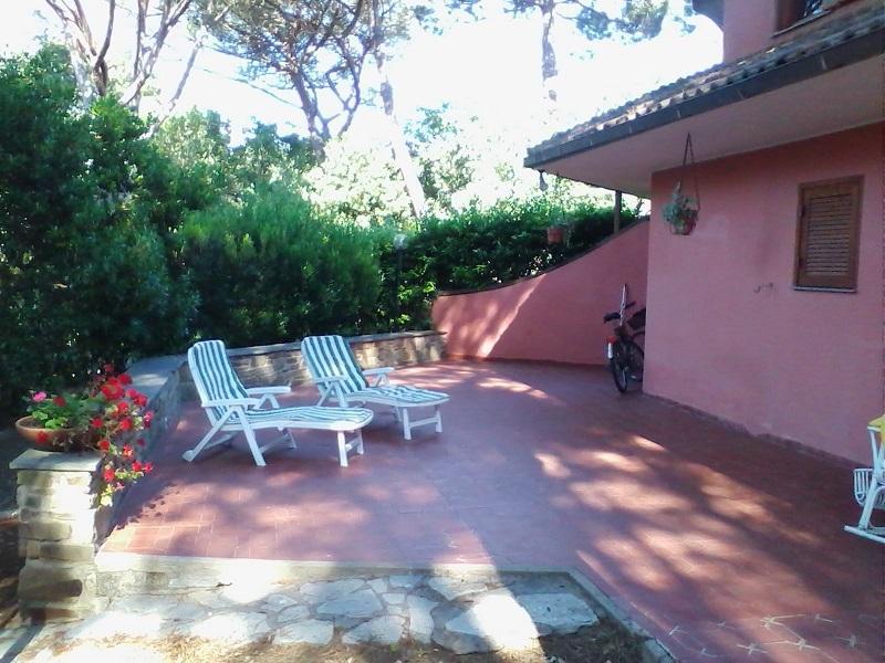 Villa Picci  a pochi minuti a piedi dal mare!, location de vacances à Punta Ala