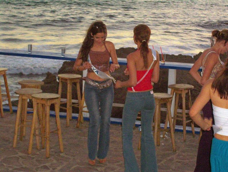 Miss  Nicaragua beach party at the Peña del Tigre house deck