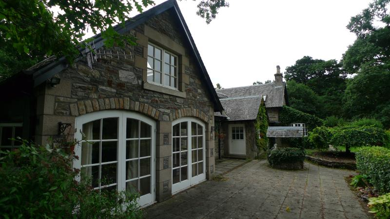 The Old Armoury Annexe, vacation rental in Pitlochry