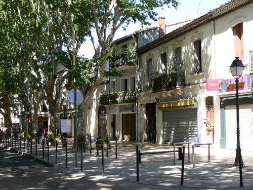 The centre of Lunel