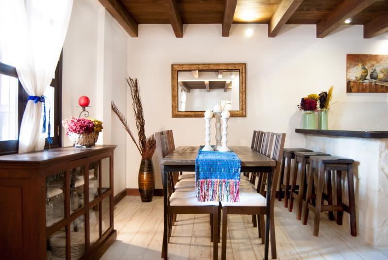 Villas de La Ermita 03 / Dinning Room