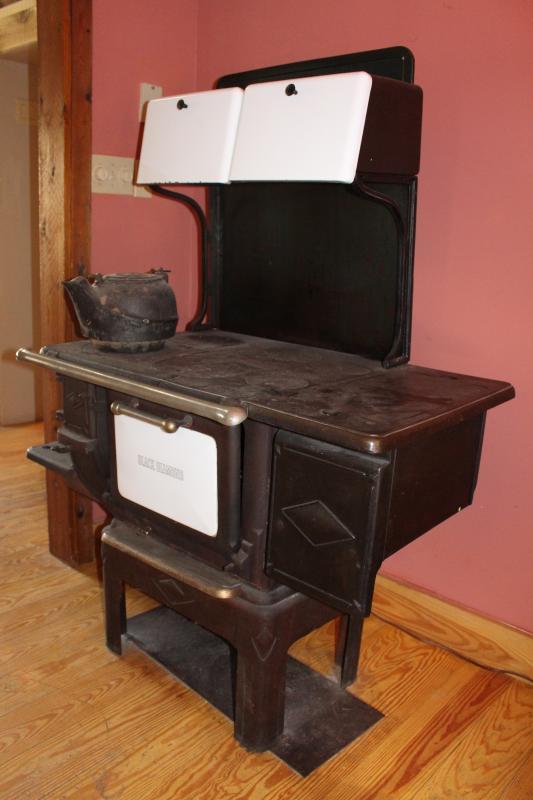 Antique Cast Iron Cookstove