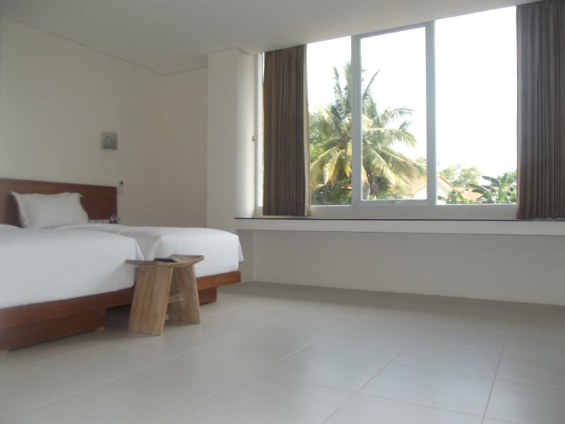 L BAJO KOMODO HOTEL, holiday rental in Badjo
