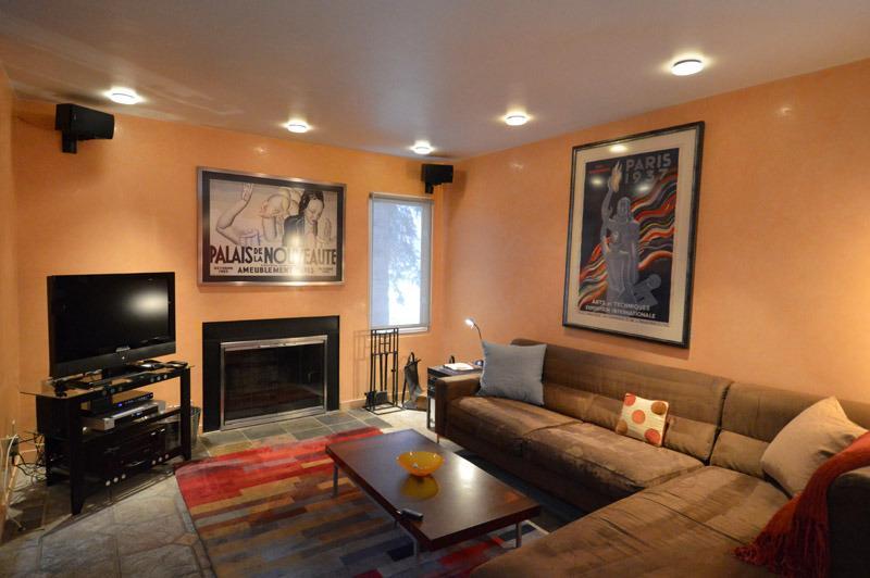 Main LivingRoom with fireplace