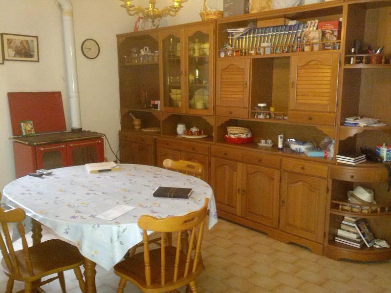 Affitto settimanale casa in campagna, alquiler vacacional en Castello delle Forme