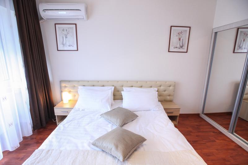 Chambre Appartement - Romana Square - Eva