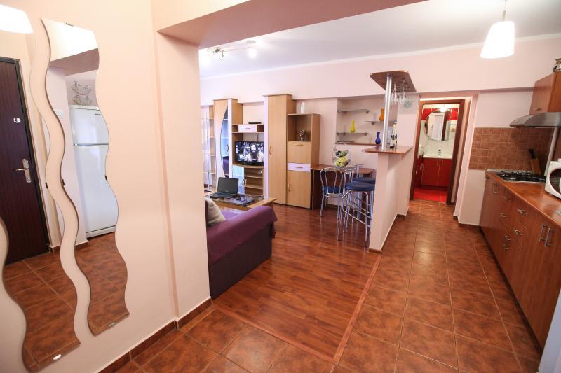 Eva appartement - Romana Square - Hall + salon