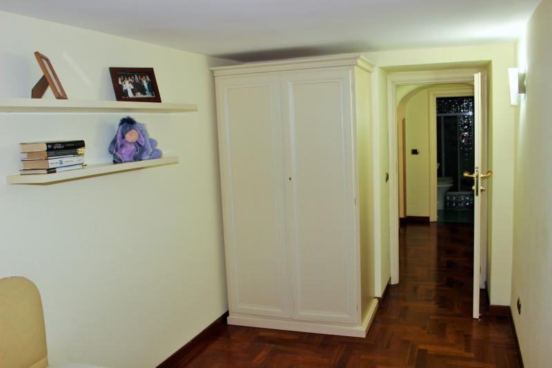 Single room (upper level)