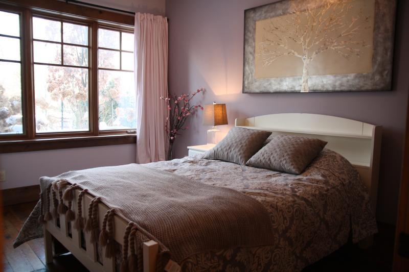 Bedroom #3, double bed.