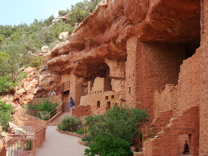 INDIAN CLIFF DWELLINGS JUST A FEW MILES AWAY