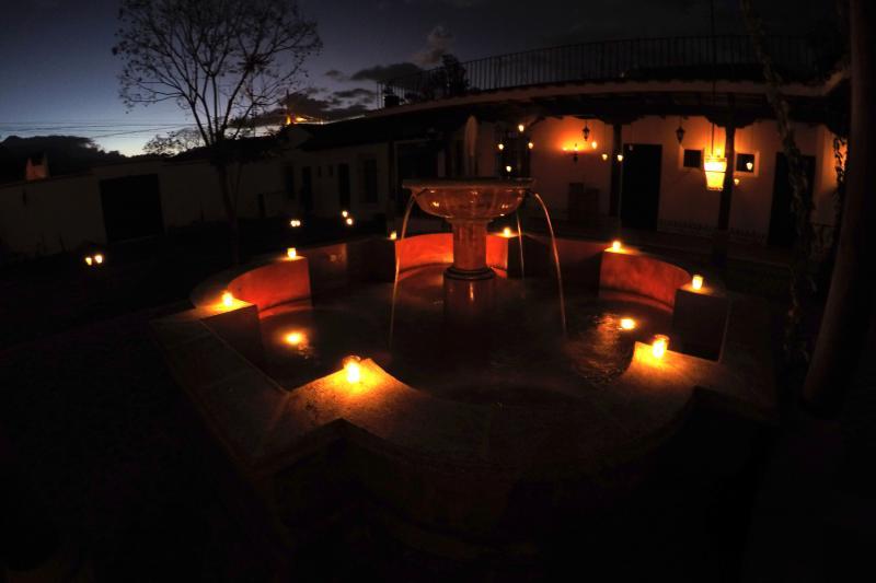 Villas de la Ermita 06 / fuente noche ver