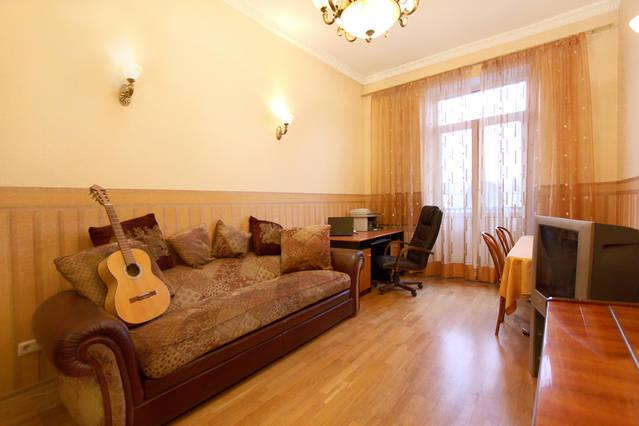 Cosy drawing room with balcony and views of the St. Vladimir's Cathedral