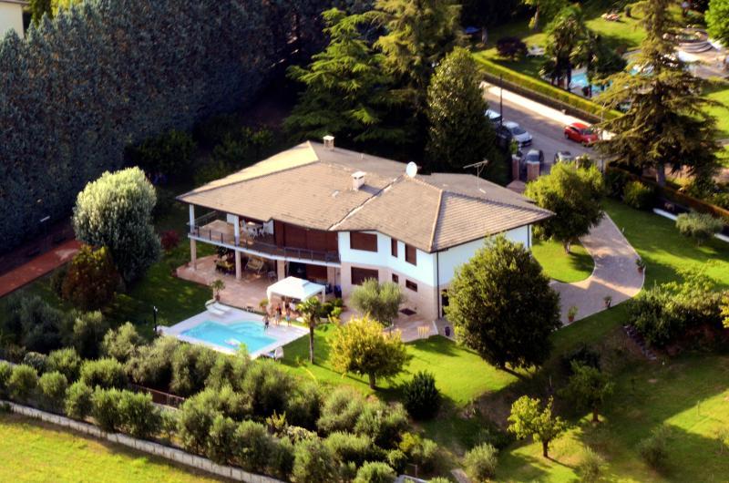 La Grola B&B, alquiler vacacional en San Martino Buon Albergo