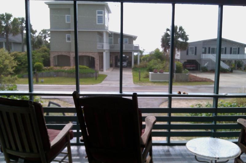 Rocking chair front porch facing the ocean - relax & unwind!