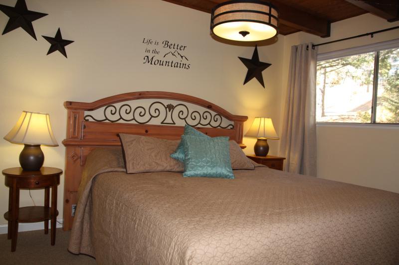 King bedroom, main level