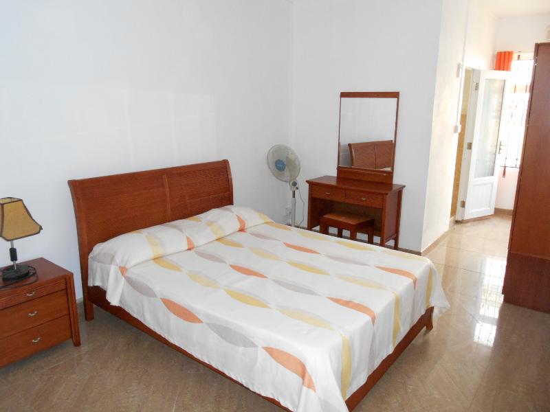 Appartement meublé 2 chambres climatisées 2 salles de bain
