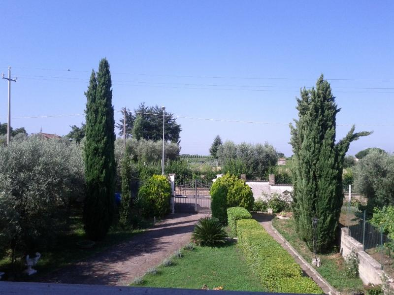 Villa Baiera, holiday rental in Borghesiana