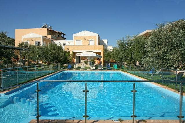 """""""ELEA 2"""" - Cozy House with Swimming Pool Near the Sea, holiday rental in Chrissi Akti"""