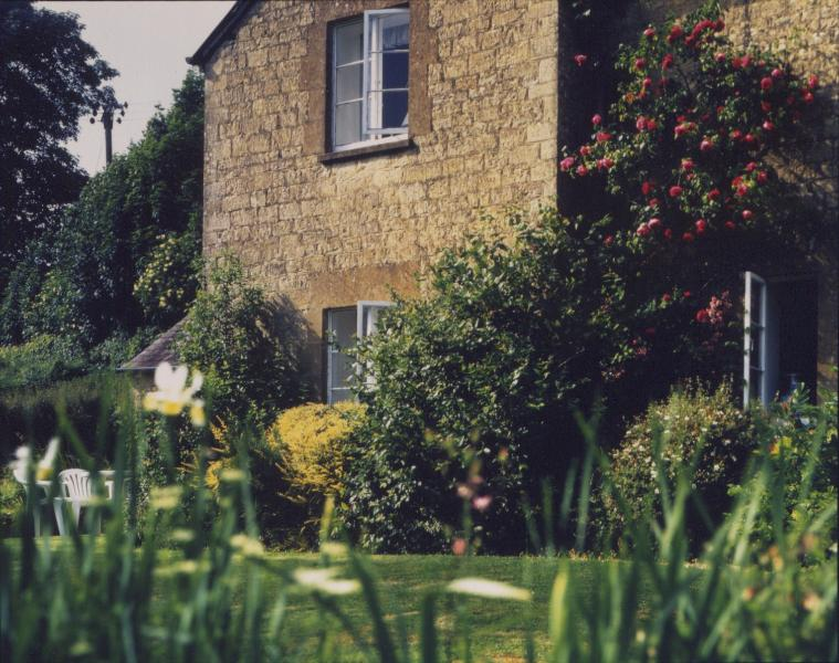 Marlings End has a private gated garden of its own, looking south over the Cotswold hills