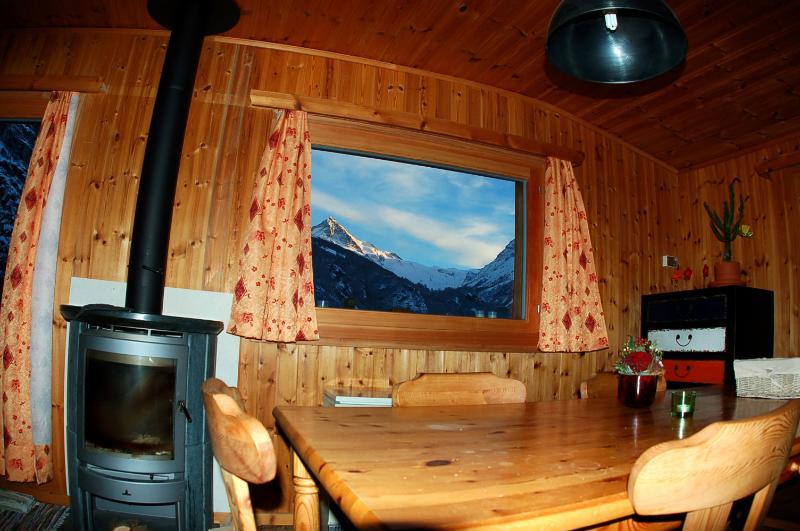 Bellevue Lodge Evolène - Vue, Tradition & Relax, aluguéis de temporada em Evolene