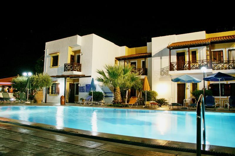 AGIA PELAGIA SEE VIEW  STUDIO PENNYSTELLA No 12, vacation rental in Agia Pelagia