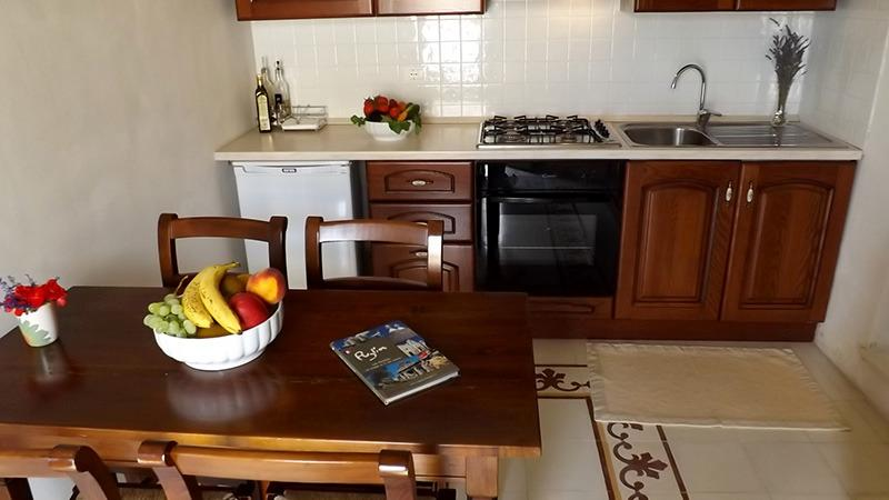 Masseria Caliani Appartamento Ginestra, vacation rental in Serrano