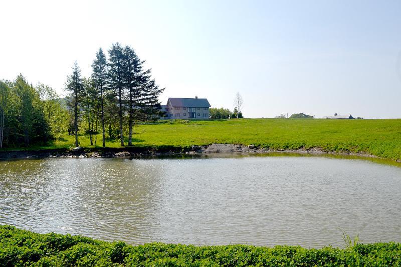 Grande lago-perfeito para nadar ou andar de caiaque