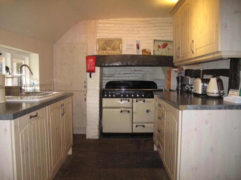 Japonica Cottage Kitchen