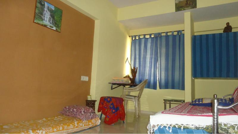 Explore Globe Mumbai, 1room kitchen condo homestay, vacation rental in Mumbai