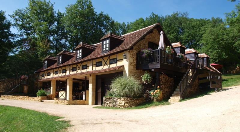 Le Coustal, vacation rental in Aubas