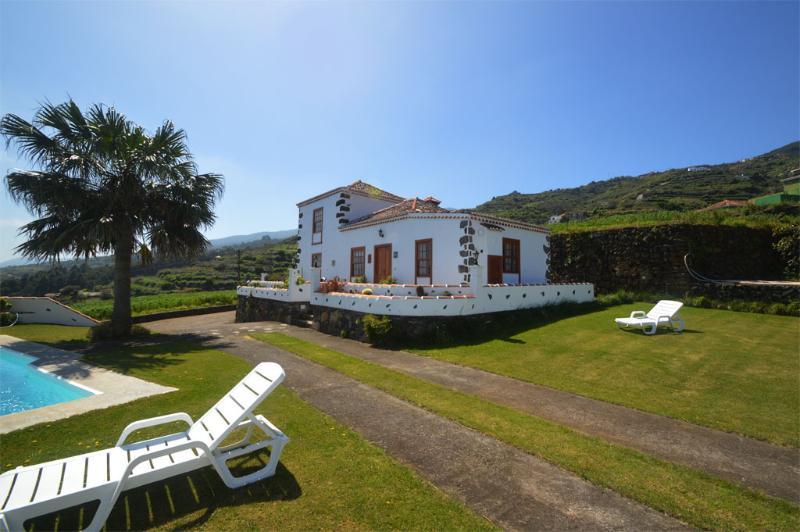 House simon with pool La Palma