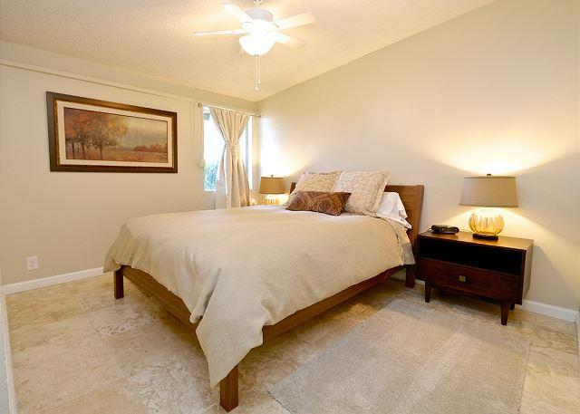Secondary Bedroom With Queen Bed