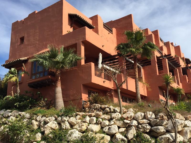 Lux Holiday Townhouse in Manilva, Sotogrande, vacation rental in Pueblo Nuevo de Guadiaro