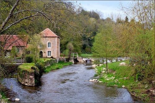 El río Sarthe sólo cinco minutos de la casa rural