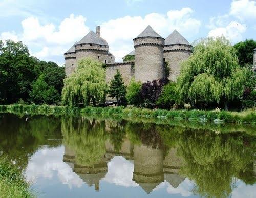 Uno de los muchos castillos alrededor de la casa rural, éste es 20 minutos