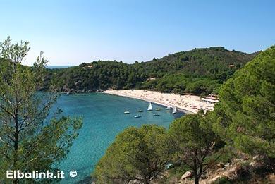 the nearby Fetovaia beach